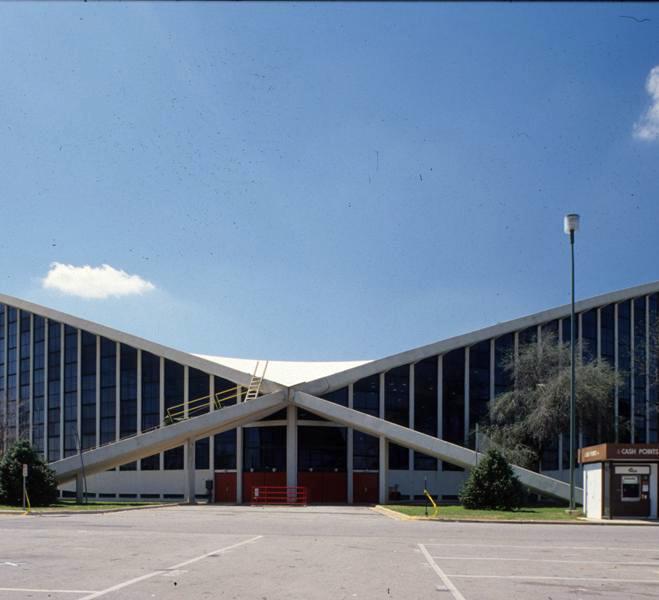 J.S. Dorton Arena, 1980s