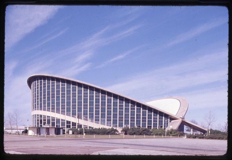 J.S. Dorton Arena, 1952