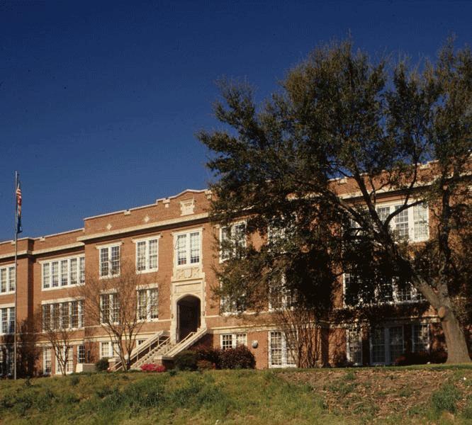 Washington Graded and High School, 1980