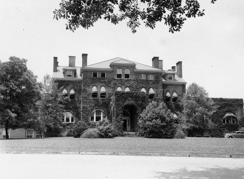 Holladay Hall, 1939