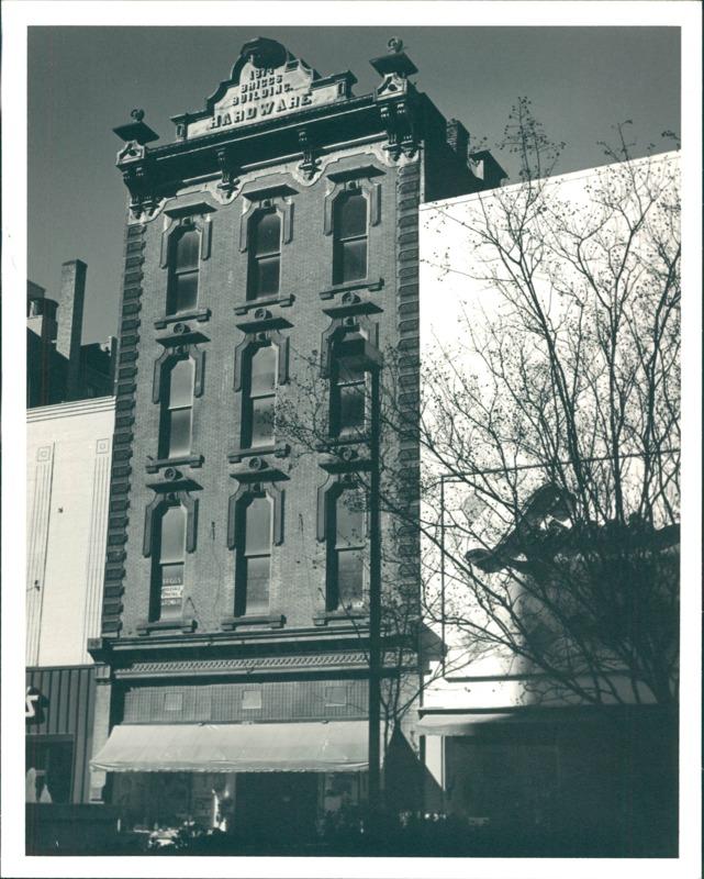 Briggs Hardware Building, date unknown