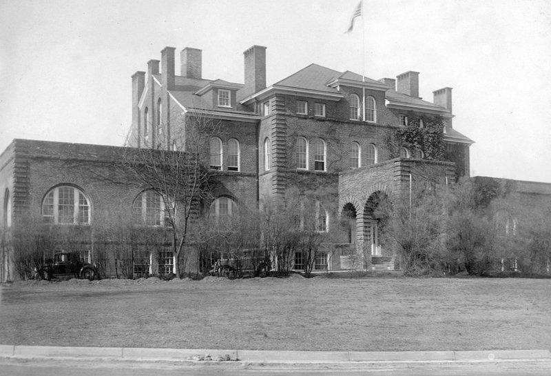 Holladay Hall, circa 1910
