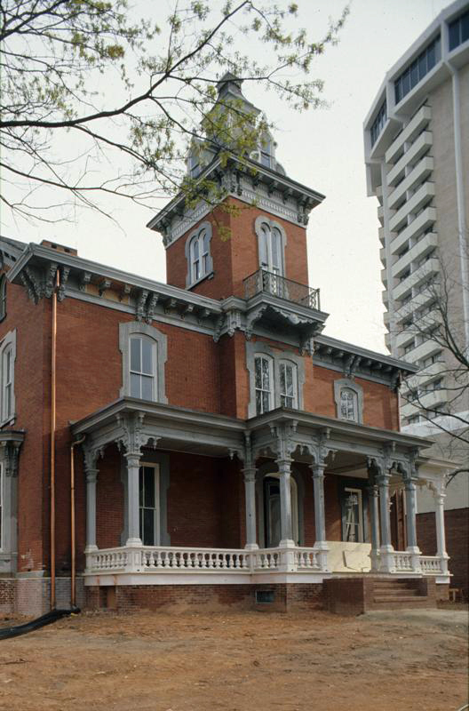 Dodd-Hinsdale House, 1980s