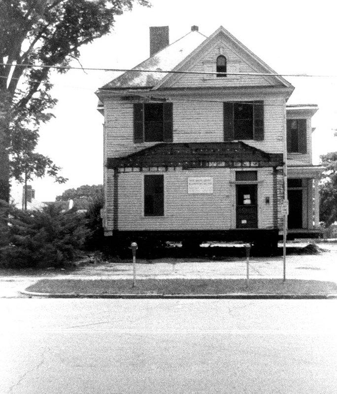 Montgomery House, 1976